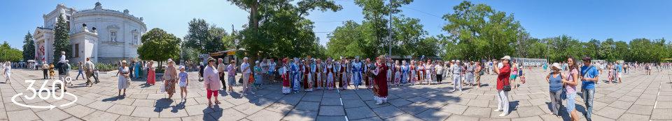 Народные гуляния в День Исторического бульвара - украинский хор