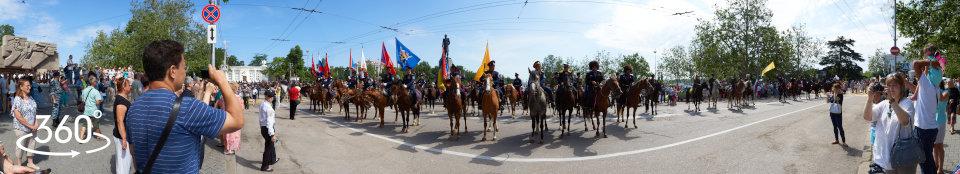 Казаки на площади Нахимова в Севастополе в День России. 12 июня 2015 г.